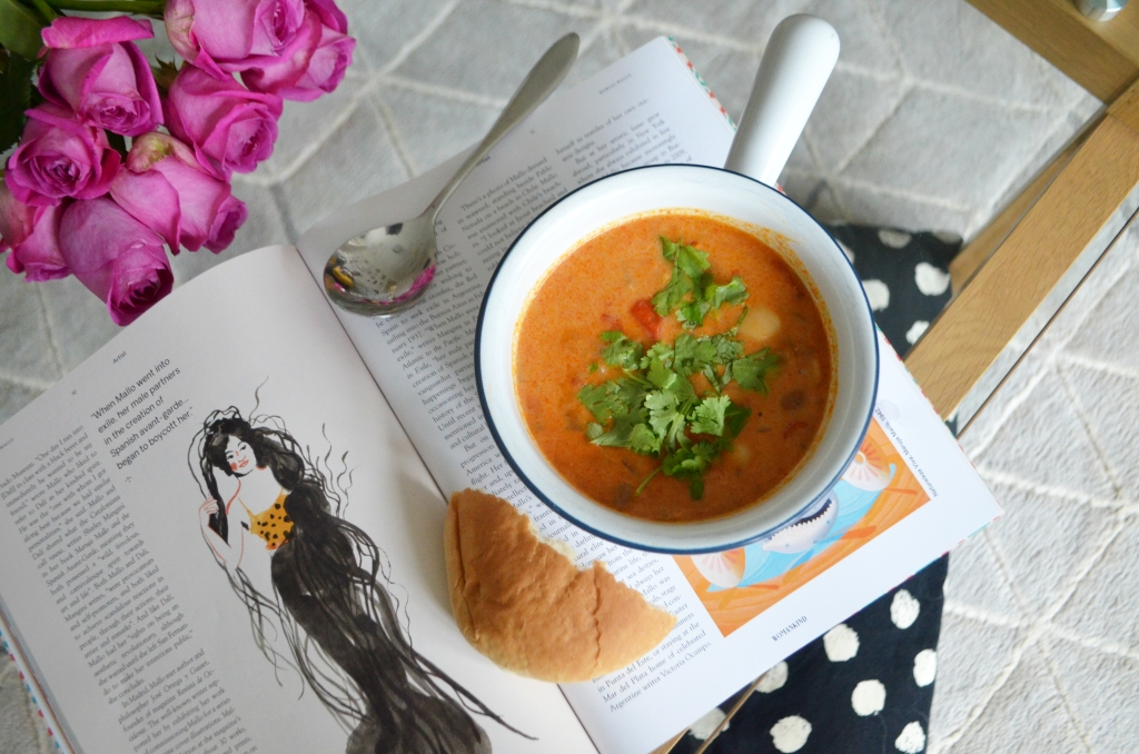 Vegan Recipes - Creamy Mexican Red Pepper and Bean Soup - The Cardiff Cwtch