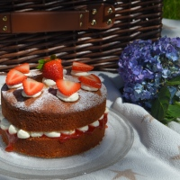 Picnic Perfect Victoria Sandwich Cake