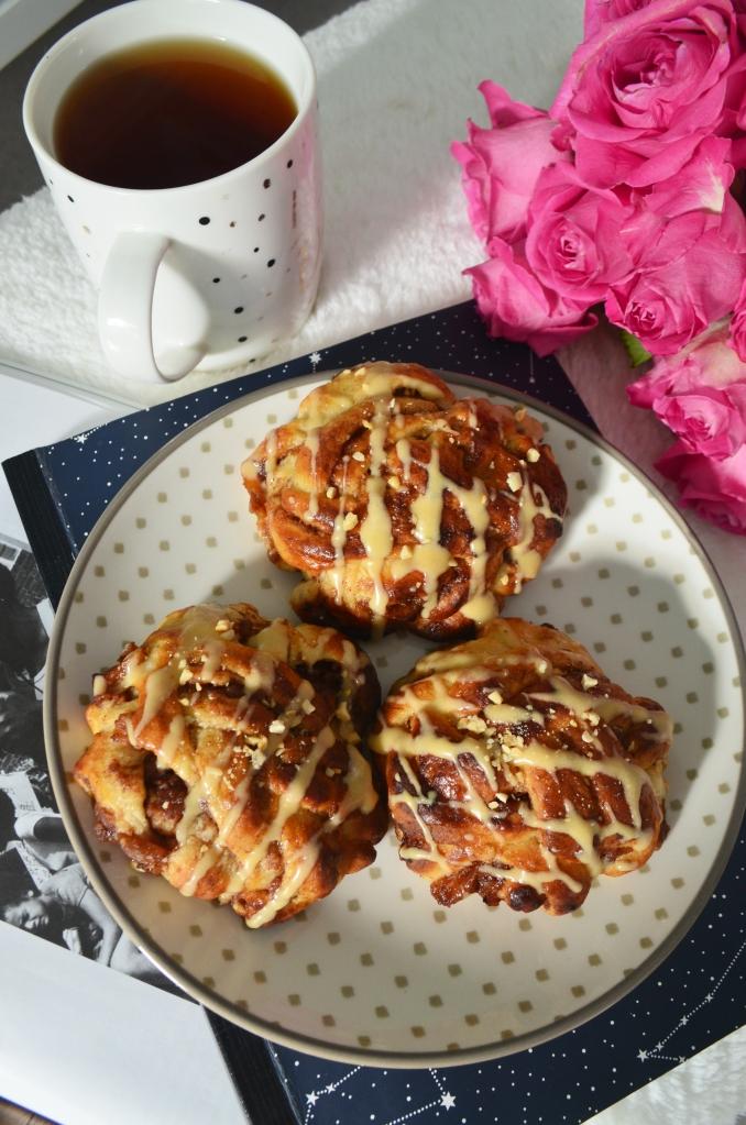 Apple and Cinnamon Swedish Cinnamon Buns - The Cardiff Cwtch - Cardiff Bloggers